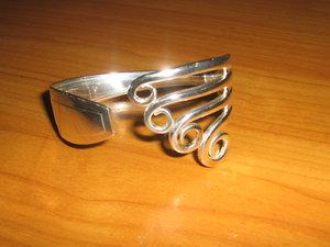 Bracelet avec une fourchette en argent bijouterie horlogerie pupier bo n - Fourchette en argent prix ...